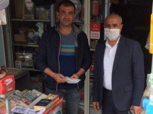 BELEDİYE'DEN VATANDAŞA MASKE DESTEĞİ