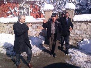 KAYMAKAM GÜVEN DEMİROLUK MAHALLESİ'NDEYDİ